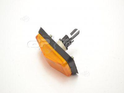 Повторитель поворотов ВАЗ 2105-07 оранжевый под болт (Формула Света) 19.3726 - цена Украина | VR.ZP.UA